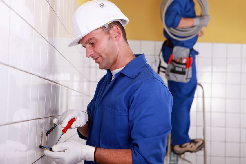 How to respond to emergency electrical faults and issues, carefully!